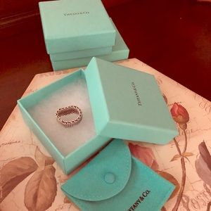 Silver Tiffany's mesh ring size 7